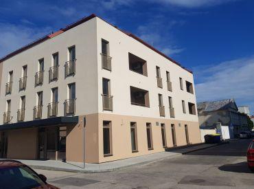 JJ Reality -  2 - izb. byt v exkluzívnej novostavbe bytového domu v centre /TRNAVA/