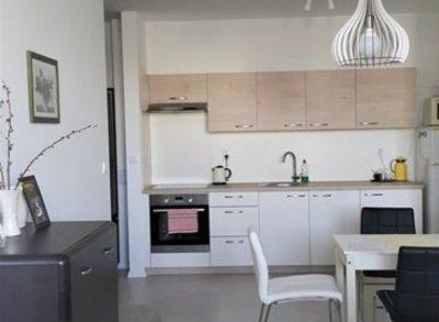 Areté real, Predaj veľmi peknej novostavby 2-izbového  bytu s parkovacím miestom v Pezinku