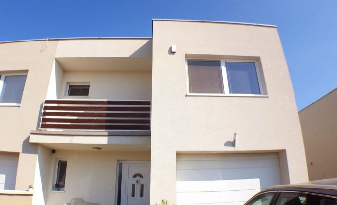 PREDAJ -exkluzívne, 4 izb. rodinný dom, Tri vody, Malinovo, okr. Senec