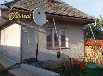 Rovný rodinny dom v Sečovciach  3+1.ulica Rybnikova