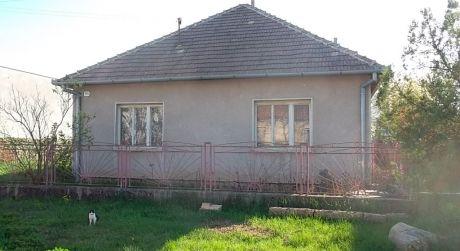 Rodinný dom v obci Strekov
