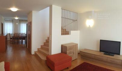 PREDANÉ: Ponúkame na predaj dvojpodlažný rodinný dom so samostatne stojacou garážou v Dunajskej Lužnej