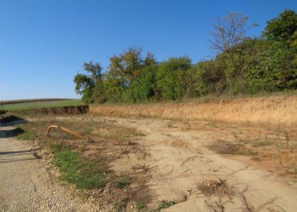 DOMUM - Stavebný pozemok v Dolnom Srní, 800m2, IS, nová lokalita