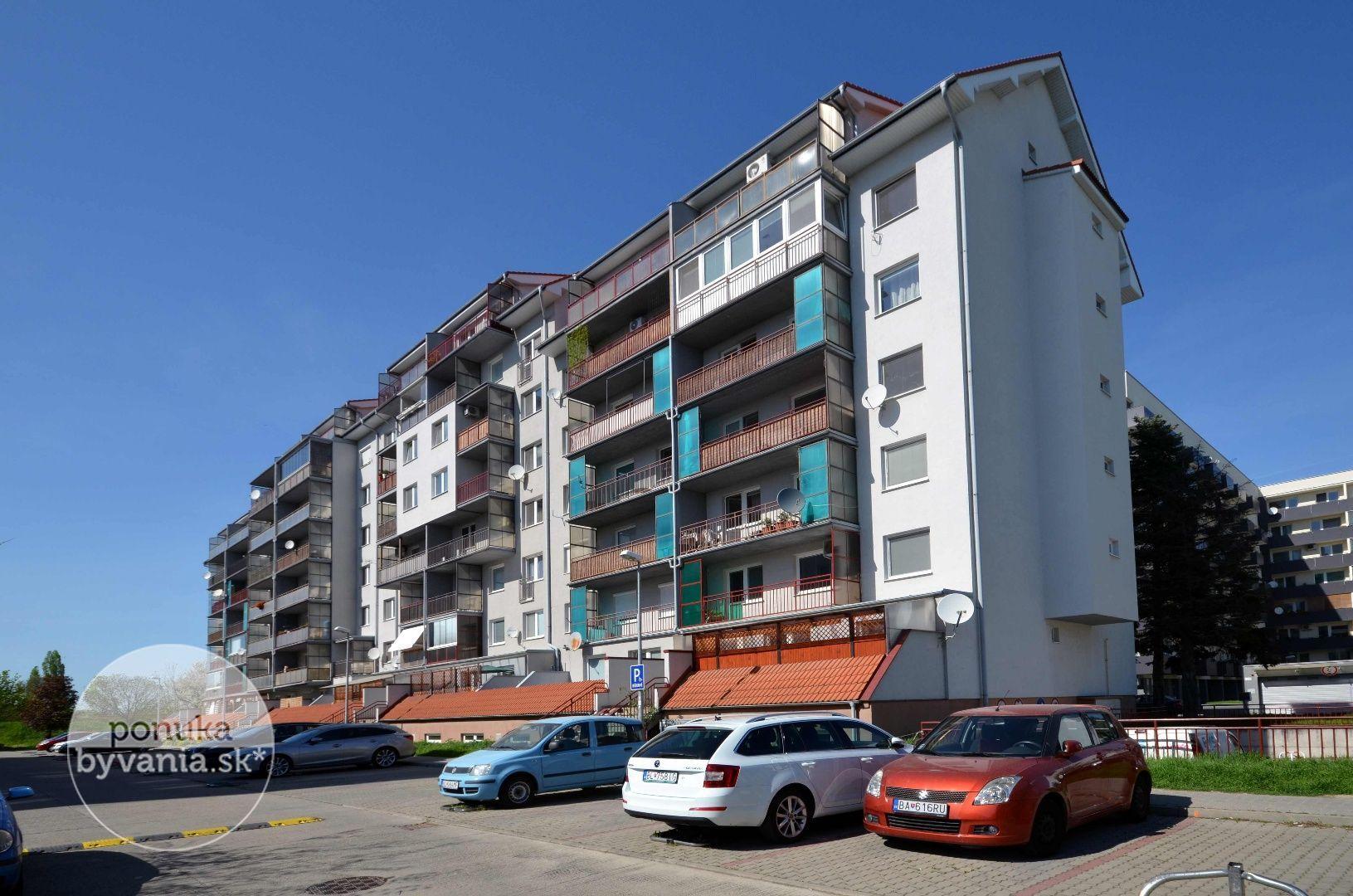 ponukabyvania.sk_Geologická_2-izbový-byt_HRNČIAR