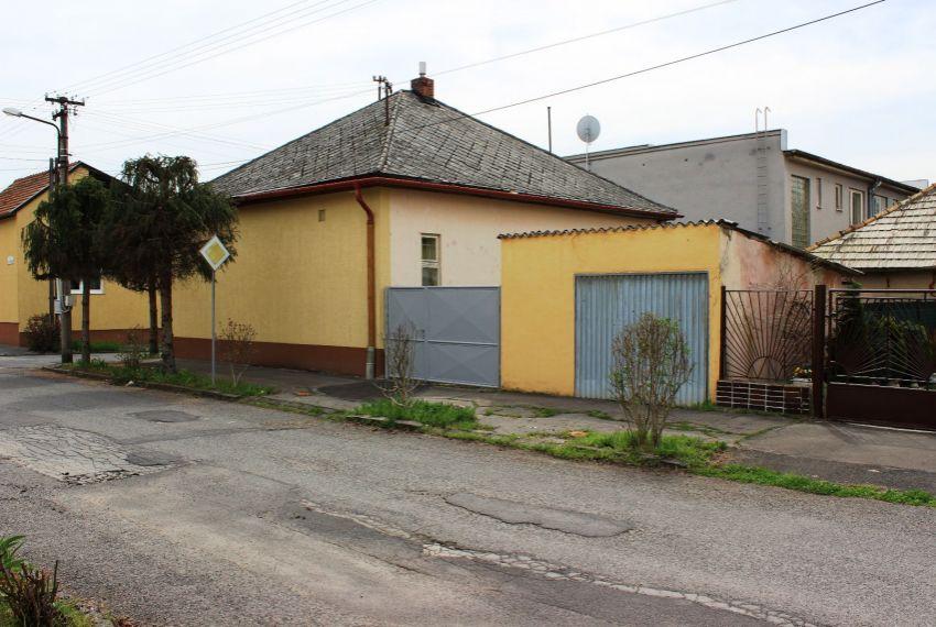 Predaj Rodinné domy Lučenec-1