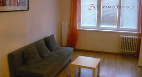 Prenájom 3 izbového bytu na ulici J.C.Hronského v širšom centre