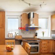Exkluzívne - 3 izb. byt vo viladome, Vinosady - 103 m2, garáž, park. miesto, balkón