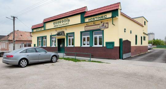 Sládkovičovo (GA): Zariadená reštaurácia Krokodíl zast. 934m2 pozemok 1901m2