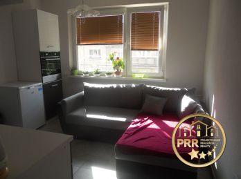 1-izb.byt, kompl.prerobený, širšie centrum, Bánovce n/B. - predaj