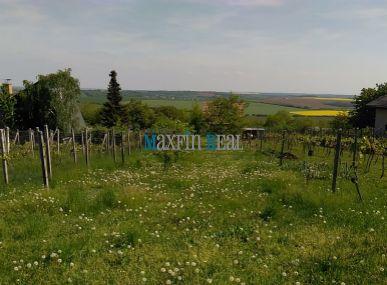MAXFIN REAL -  Záhrada v Štitároch