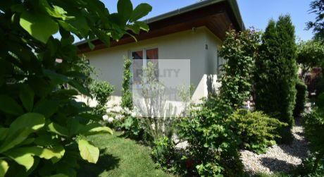 4 - izbový domček v tichom prostredí s krásnou záhradou  - Mosonmagyaróvár