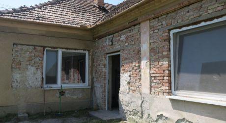 Rodinný dom na predaj v obci Búč.
