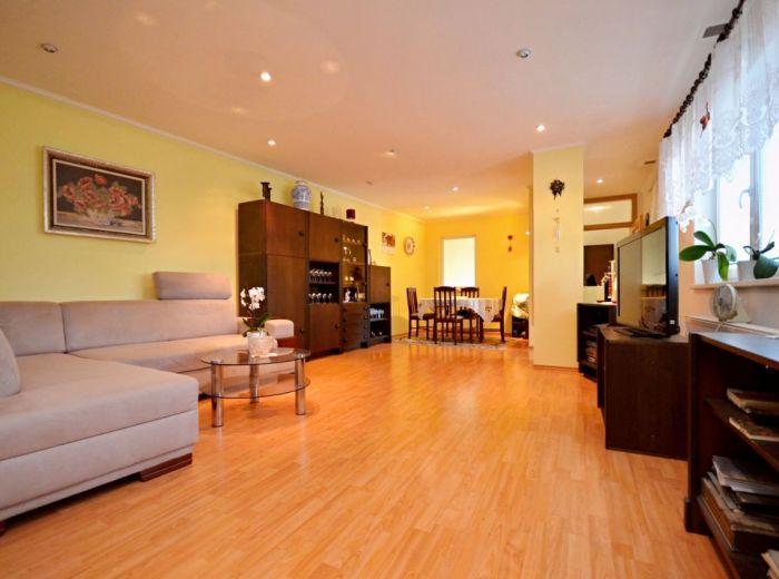 IHLIČNATÁ, 4,5-i dom, 205 m2 – 2 byty, nový RD v prírode, pozemok 328 m2, studňa, GARÁŽ, pivnica, KRB