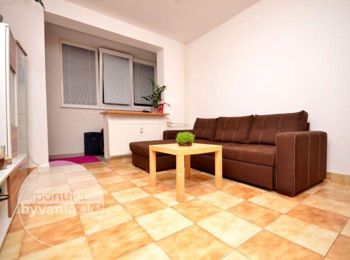 PREDANÉ - VILOVÁ, 1-i byt, 28 m2 – zariadený, SUPER LOKALITA, dobrá dostupnosť na obchvat, do centra BA 5 min.