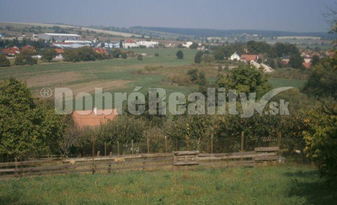 REZERVOVANÉ!!!   EXKLUZIVNE! 10 árový pozemok Kynek Nitra