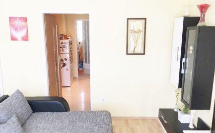 Pekný 1.-izbový byt 37 m2 s balkónom, rekonštrukcia v lokalite Vrútky