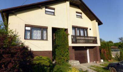 LIBICHAVA, rodinný dom, 726m2, okr. Bánovce nad Bebravou