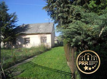 Na predaj starší RD v obci Bobot s pozemkom 1289m2.