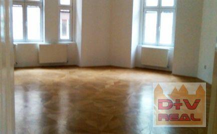 Prenájom: 6 izbový byt, Kozia ulica, Palisády, Bratislava I, Staré Mesto, nezariadený, dve kúpeľne, vysoké stropy