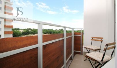 Priestranný 1-izb.byt s oddelenou kuchyňou, nadštandard, novostavba, vlastný parking