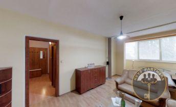 PREDANÉ - 1,5 izbový byt Nad Jazerom, 2x loggie a 43m !!!