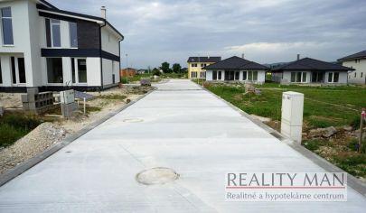 REALITY MAN - SPA rezort - 2. etapa - stavebný pozemok 548 m2 - Kúpele Piešťany, Banka