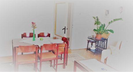 Na predaj pekný 5-izb dvojgeneračný RD v obci NESVADY okr:KOMÁRNO..ODPORÚČAM!