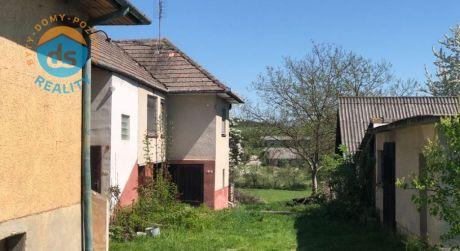 Na predaj 2 domy s veľkým pozemkom, 4429 m2, Neporadza