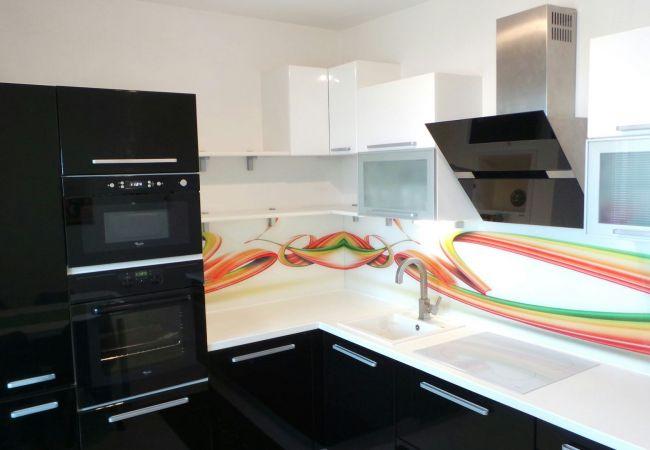 3izb. byt, kompletná rekonštrukcia, zariadený, klímatizácia, výhľad, parkovanie