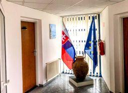 Ponúkame Vám na prenájom kancelársky priestor, 58 m2, Dubnica nad Váhom - Obrancov mieru. Prvé nájomné grátis.