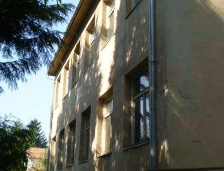 Predaj administratívnej budovy s príslušenstvom v obci Iňa