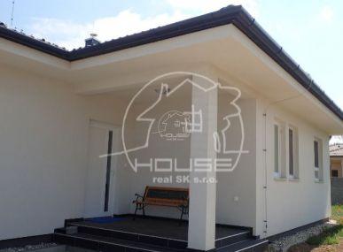 Kompletne zariadený rodinný dom - novostavba - REZERVOVANÉ