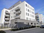3 izbový byt s garážovým parkovaním v Nitre na prenájom