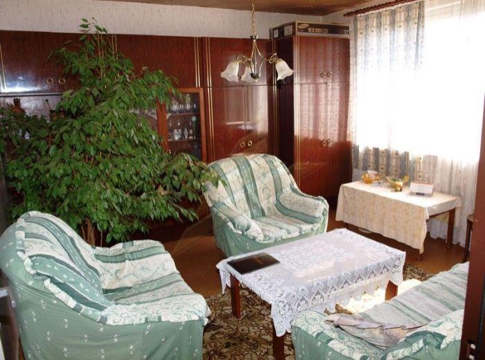 PREDANÉ - BUDATÍNSKA, 3-i slnečný byt, 69 m2 - s loggiou a pivnicou, pôvodný stav, v ZATEPLENOM dome neďaleko Tesca, za BEZKONKURENČNÚ CENU