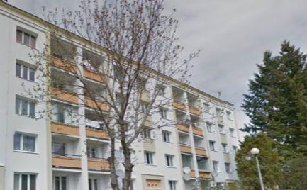 Byt 2 izbový s lodžiou, 58 m2, v blízkosti centra po kompletnej rekonštrukcii – cena 88 000€