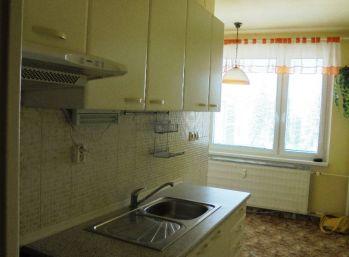 3-i byt, 72 m2, zateplená bytovka, VÝHĽAD,ihneď voľný