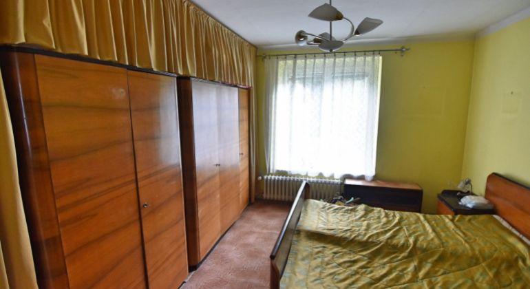 Na predaj veľký 3+1 izbový byt, Trenčín, Sihoť I, 79m2