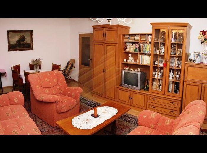 PRENAJATÉ - SVIDNÍCKA, 2-i byt, 60 m2 – krásny ZARIADENÝ byt, v jednej z najvyhľadávanejších lokalít BA, neďaleko ŠTRKOVECKÉHO JAZERA