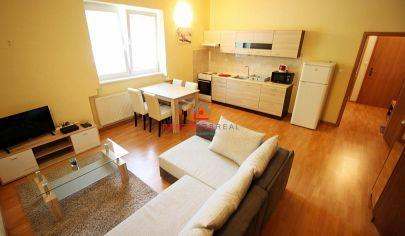 Veľmi pekný zariadený 2-izb byt v rodinnom dome, Skladná ul. / KE - CENTRUM
