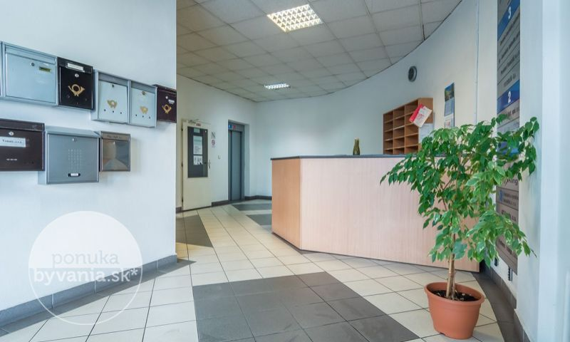 ponukabyvania.sk_Tomášikova_kancelárie_ČIERŤAŽSKÝ