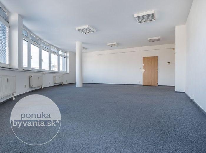 PREDANÉ - TOMÁŠIKOVA, kancelársky priestor, 82 m2  – svetlý, alarm, KLIMATIZÁCIA, nákladný výťah, TOP LOKALITA