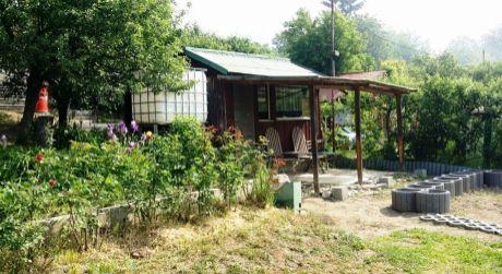 Predaj záhradnej chatky so záhradou Zvolen - Zlatý Potok