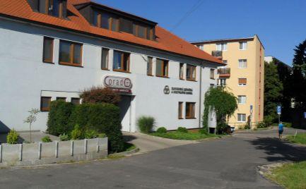 Prenajmem zariadené kancelárske priestory v centre Nitry 28,42 m2.
