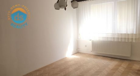 Na predaj veľký 3 izbový byt, 85 m2, Bytča