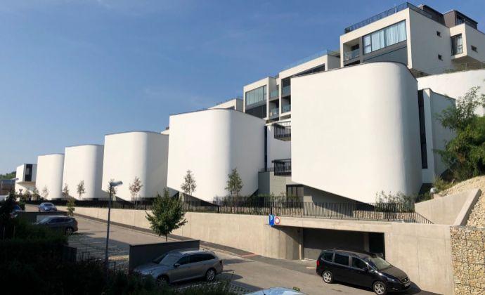 3-izbový zariadený byt Koliba Na Varte - s 2 parkovacími miestami