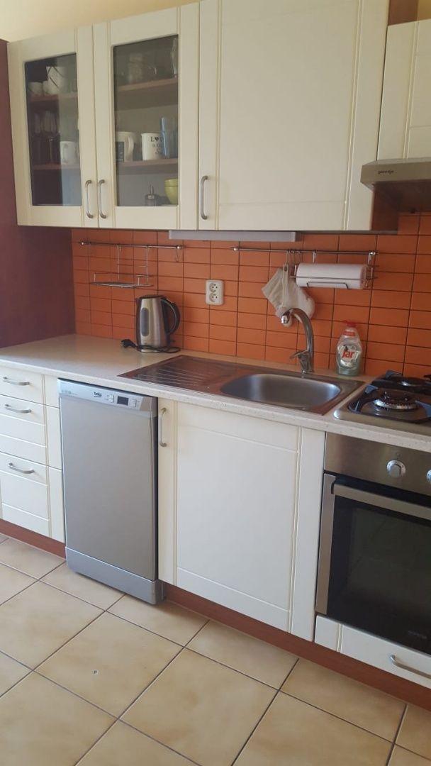 Areté real, Predaj slnečného 3-izbového bytu po rekonštrukcii v dobrej lokalite v Pezinku