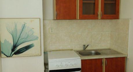 PREDAJ - čiastočne prerobený 1 izbový byt na VII. sídlisku v Komárne