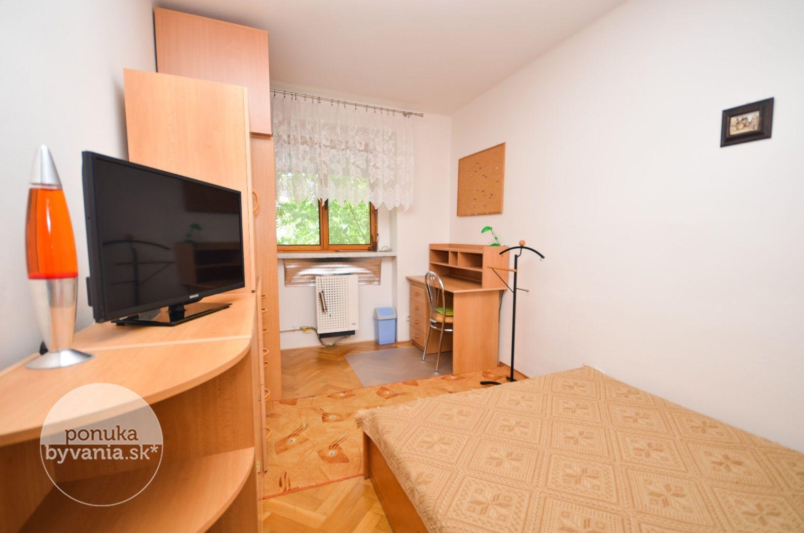 ponukabyvania.sk_Kadnárova_3-izbový-byt_KOVÁČ