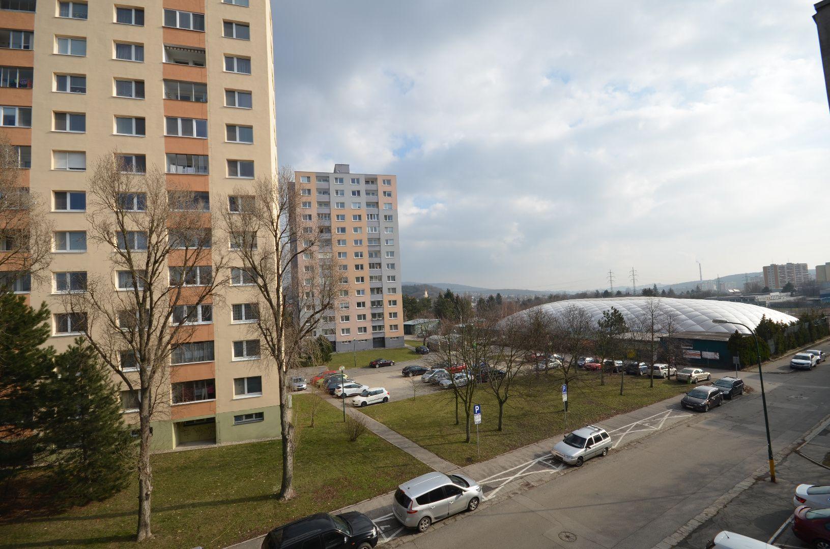 ponukabyvania.sk_Lysákova_4-izbový-byt_KALISKÝ