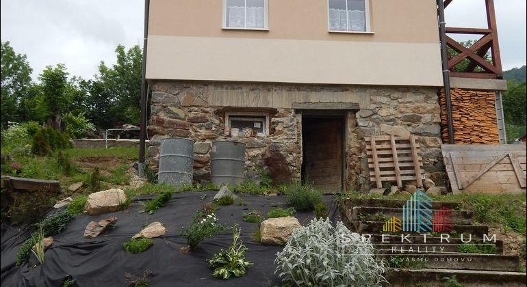 Na predaj  rodinný dom, 484 m2, Temeš, okres Prievidza